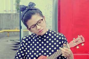 《成都》尤克里里谱_ukulele弹唱视频教学(小凤)