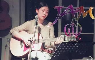 《差三岁》尤克里里谱_Jam_弹唱曲谱
