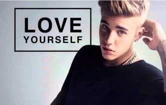 《Love Yourself》尤克里里谱_弹唱视频教学+吉他谱_白熊音乐